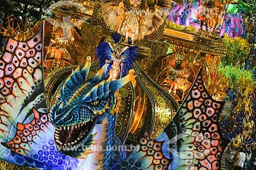 Desfile do Grêmio Recreativo Escola de Samba Paraíso do Tuiuti - Carro alegórico - Enredo 2015 - Curumim chama Cunhantã que eu vou contar?  - Rio de Janeiro - Rio de Janeiro (RJ) - Brasil