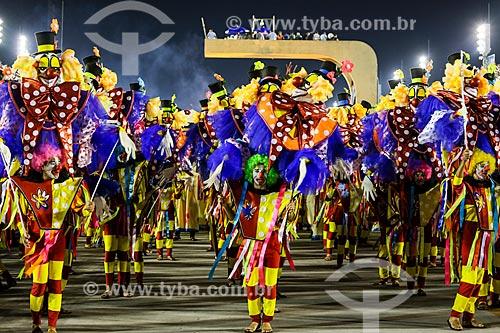 Desfile do Grêmio Recreativo Escola de Samba Unidos de Padre Miguel - Foliões - Enredo 2015 - O Cavaleiro Armorial mandacariza o carnaval  - Rio de Janeiro - Rio de Janeiro (RJ) - Brasil