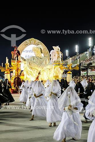 Desfile do Grêmio Recreativo Escola de Samba Unidos de Padre Miguel - Carro alegórico - Enredo 2015 - O Cavaleiro Armorial mandacariza o carnaval  - Rio de Janeiro - Rio de Janeiro (RJ) - Brasil