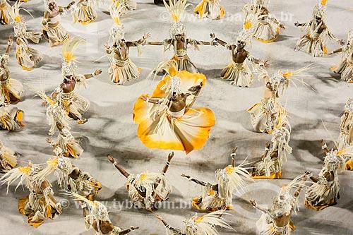 Desfile do Grêmio Recreativo Escola de Samba Beija-Flor de Nilópolis - Foliões - Enredo 2015 - Um griô conta a história: Um olhar sobre a África e o despontar da Guiné Equatorial. Caminhemos sobre a trilha de nossa felicidade  - Rio de Janeiro - Rio de Janeiro (RJ) - Brasil