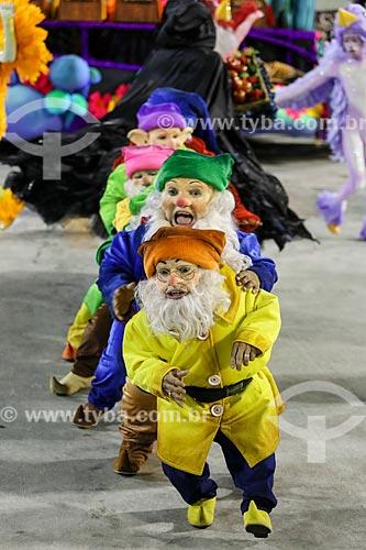 Desfile do Grêmio Recreativo Escola de Samba União da Ilha do Governador - Comissão de frente - Enredo 2015 - Beleza Pura?  - Rio de Janeiro - Rio de Janeiro (RJ) - Brasil