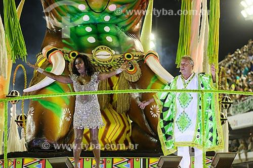 Desfile do Grêmio Recreativo Escola de Samba Imperatriz Leopoldinense - Apresentadora de TV Glória Maria e o ex-jogador Zico como destaque de carro alegórico  - Rio de Janeiro - Rio de Janeiro (RJ) - Brasil