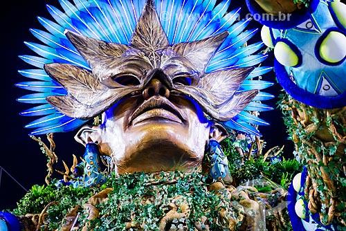 Desfile do Grêmio Recreativo Escola de Samba Unidos de Vila Isabel - Carro alegórico - Enredo 2015 - O Maestro Brasileiro está na terra de Noel... a partitura é azul e branco da nossa Vila Isabel  - Rio de Janeiro - Rio de Janeiro (RJ) - Brasil