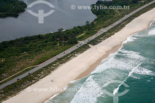 Foto aérea da Parque Natural Municipal de Marapendi entre a Praia da Reserva e a Lagoa de Marapendi  - Rio de Janeiro - Rio de Janeiro (RJ) - Brasil
