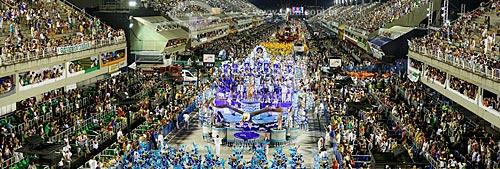 Desfile do Grêmio Recreativo Escola de Samba Renascer de Jacarepaguá - Carro alegórico - Enredo 2015 - Manifesto ao povo em forma de arte!  - Rio de Janeiro - Rio de Janeiro (RJ) - Brasil