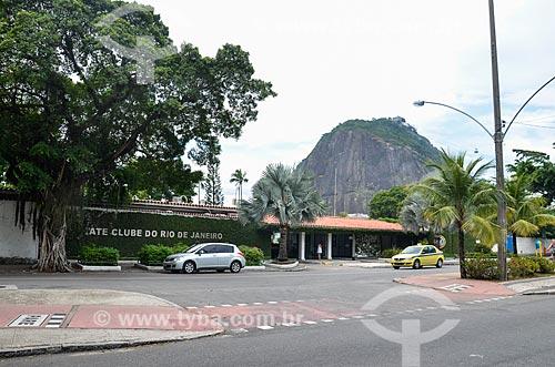 Fachada do Iate Clube do Rio de Janeiro com o Pão de Açúcar ao fundo  - Rio de Janeiro - Rio de Janeiro (RJ) - Brasil