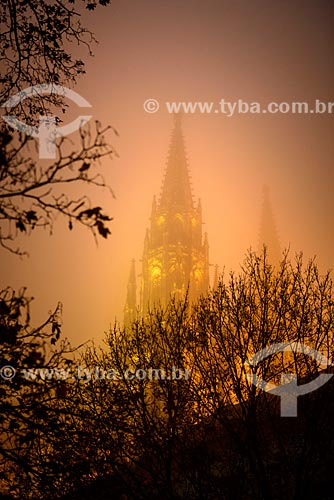 Castelo de Praga com neblina  - Praga - Região da Boêmia Central - República Tcheca