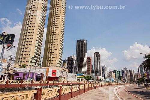 Vista da Avenida Visconde de Souza Franco com os prédios do bairro reduto ao fundo  - Belém - Pará (PA) - Brasil