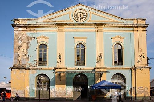 Fachada do Solar da Beira (Século XVII) - parte do complexo do Mercado Ver-o-Peso  - Belém - Pará (PA) - Brasil
