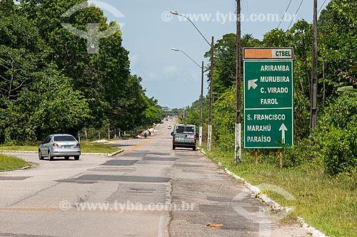 Placa indicando as praias da Ilha do Mosqueiro na Rodovia Engenheiro Augusto Meira Filho (PA-391)  - Belém - Pará (PA) - Brasil