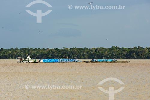 Chata navegando no Rio Guamá  - Belém - Pará (PA) - Brasil