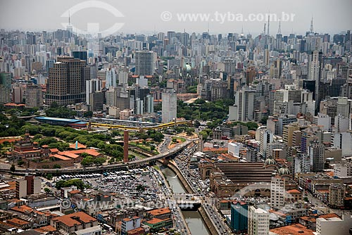 Foto aérea da região do Mercado Municipal de São Paulo com edifícios ao fundo  - São Paulo - São Paulo (SP) - Brasil