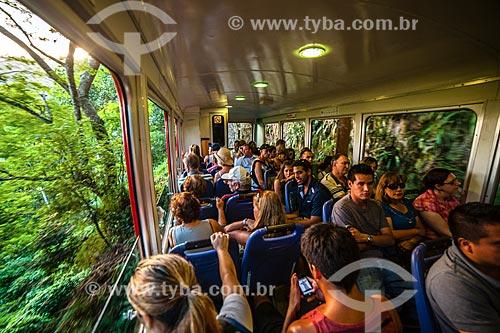 Turistas no bonde do Corcovado  - Rio de Janeiro - Rio de Janeiro (RJ) - Brasil
