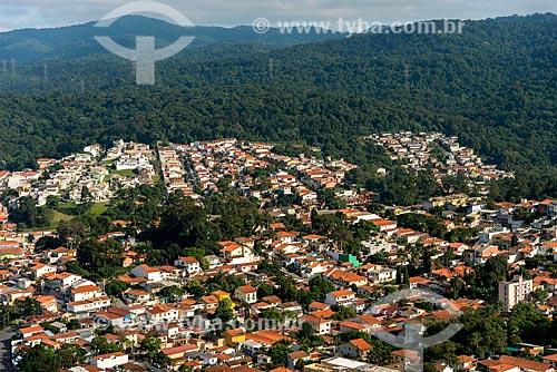 Casas com a Serra da Cantareira ao fundo  - São Paulo - São Paulo (SP) - Brasil