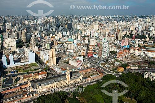 Foto aérea do Parque da Luz e a Estação da Luz  - São Paulo - São Paulo (SP) - Brasil