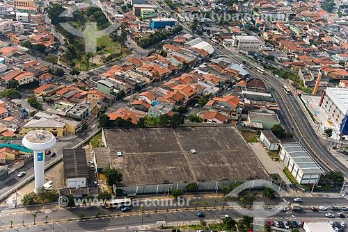Foto aérea da caixa dágua da Companhia de Saneamento Básico do Estado de São Paulo (SABESP) na Avenida São Miguel com a Rua Abel Tavares  - São Paulo - São Paulo (SP) - Brasil