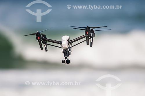 Drone filmando o Campeonato mundial de surf (World Surf League) - Etapa Rio Pro  - Rio de Janeiro - Rio de Janeiro (RJ) - Brasil