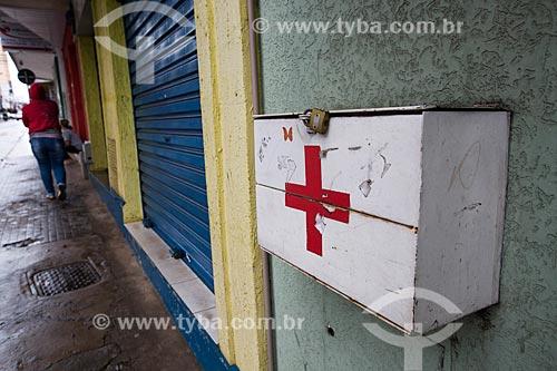 Caixa de coleta de lixo hospitalar de clínica particular na Rua Barão do Rio Branco  - Anápolis - Goiás (GO) - Brasil