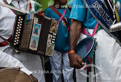 Detalhe de instrumentos musicais durante congada na cidade de Aparecida  - Aparecida - São Paulo - Brasil
