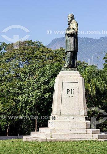 Estátua de Dom Pedro II em frente ao Museu Nacional - Quinta da Boa Vista  - Rio de Janeiro - Rio de Janeiro (RJ) - Brasil
