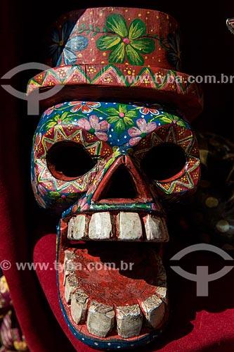 Calavera (Caveira) à venda no Mercado de Chichicastenango  - Chichicastenango - Departamento de El Quiché - República de Guatemala
