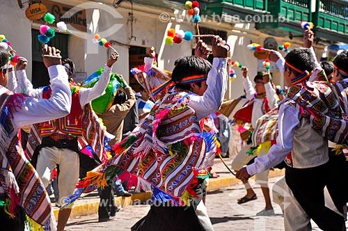 Foliões durante o Inti Raymi - festival religioso da civilização Inca em homenagem a Inti, o deus-sol, que marca o solstício de inverno  - Cusco - Departamento de Cusco - Peru