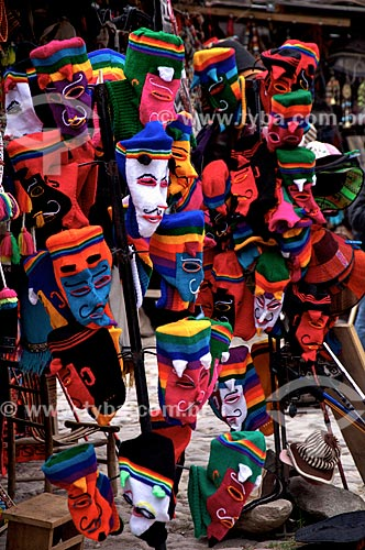 Máscaras à venda durante o Inti Raymi - festival religioso da civilização Inca em homenagem a Inti, o deus-sol, que marca o solstício de inverno  - Cusco - Departamento de Cusco - Peru