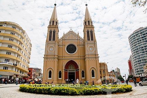 Fachada da Catedral Metropolitana de Curitiba (1893) - Catedral Basílica Menor Nossa Senhora da Luz  - Curitiba - Paraná (PR) - Brasil