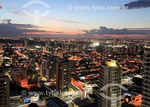 Vista noturna do conjunto residencial Vieiralves  - Manaus - Amazonas (AM) - Brasil
