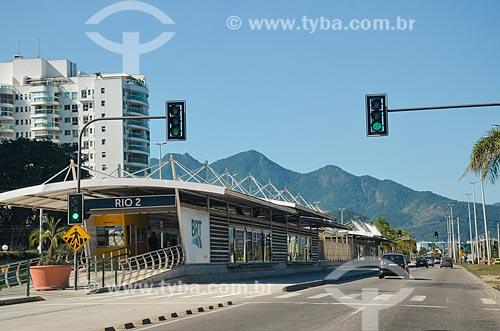 Estação do BRT Transcarioca - Rio 2 - na Avenida Embaixador Abelardo Bueno  - Rio de Janeiro - Rio de Janeiro (RJ) - Brasil
