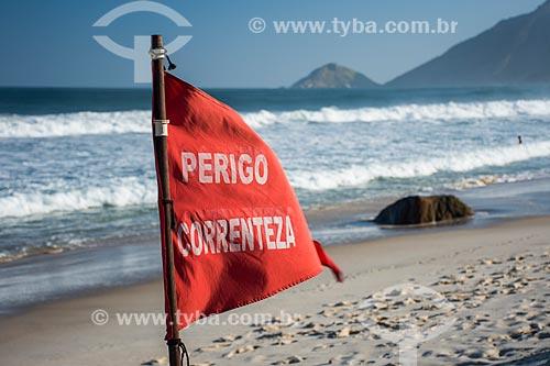 Placa de aviso sobre a correnteza Praia de Grumari  - Rio de Janeiro - Rio de Janeiro (RJ) - Brasil