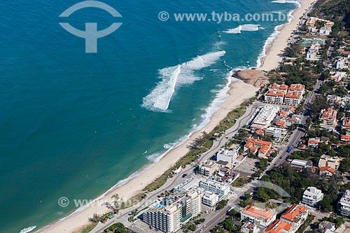Foto aérea da Pedra de Itapuã - entre as praias do Pontal e Macumba  - Rio de Janeiro - Rio de Janeiro (RJ) - Brasil
