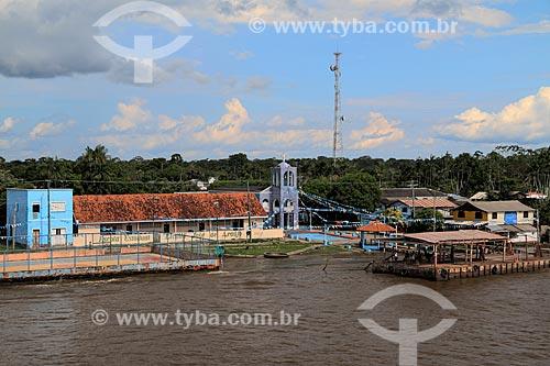 Vista da cidade de Urucurituba a partir do Rio Amazonas durante a época de cheia  - Urucurituba - Amazonas (AM) - Brasil