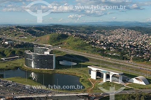 Foto aérea do Prédio Minas e Prédio Gerais - sede das Secretarias do Governo do Estado - na Cidade Administrativa Presidente Tancredo Neves (2010)  - Belo Horizonte - Minas Gerais (MG) - Brasil