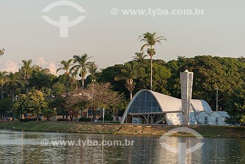Vista da Igreja São Francisco de Assis (1943) - também conhecida como Igreja da Pampulha - a partir da Lagoa da Pampulha  - Belo Horizonte - Minas Gerais (MG) - Brasil