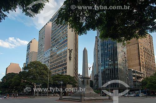Obelisco na Praça Sete de Setembro - esquina da Avenida Afonso Pena com a Avenida Amazonas  - Belo Horizonte - Minas Gerais (MG) - Brasil