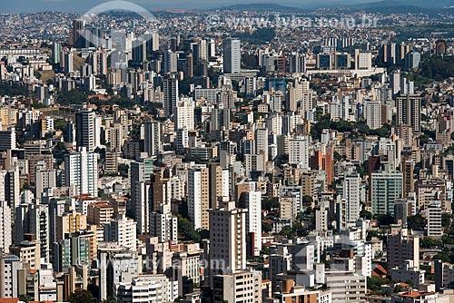 Vista geral da cidade de Belo Horizonte a partir do mirante do Parque Municipal das Mangabeiras  - Belo Horizonte - Minas Gerais (MG) - Brasil