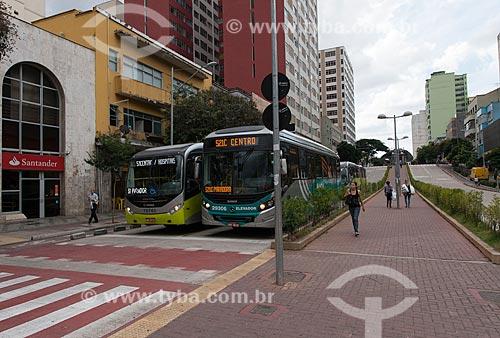 Corredor MOVE Área Central - faixa de pedestres entre a Avenida Paraná e a Rua dos Tupis  - Belo Horizonte - Minas Gerais (MG) - Brasil
