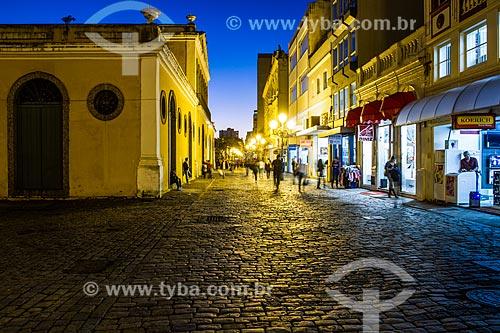 Anoitecer na Rua Conselheiro Mafra com o antigo prédio da Alfândega - à esquerda  - Florianópolis - Santa Catarina (SC) - Brasil
