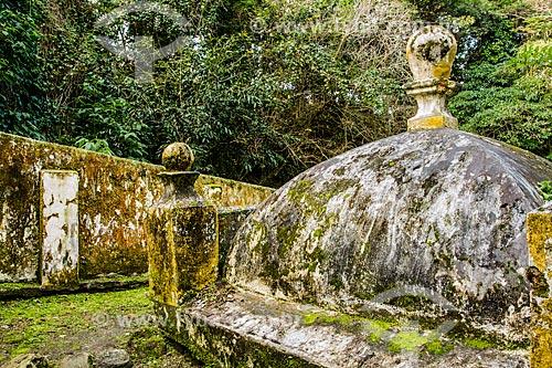 Fonte do Beco da Carioca (1840) - construída como um lavadouro público para roupas  - São José - Santa Catarina (SC) - Brasil