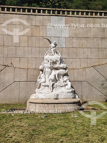 Fonte Adriano Ramos Pinto na entrada do Túnel Novo  - Rio de Janeiro - Rio de Janeiro (RJ) - Brasil