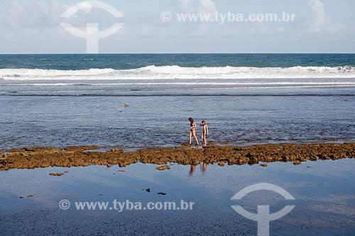 Orla da Praia das Piscinas Naturais  - Mata de São João - Bahia (BA) - Brasil
