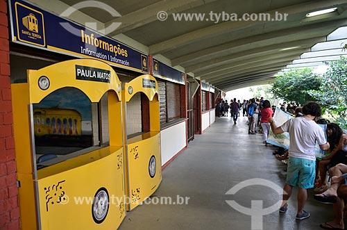Turistas na estação do Bonde de Santa Teresa  - Rio de Janeiro - Rio de Janeiro (RJ) - Brasil