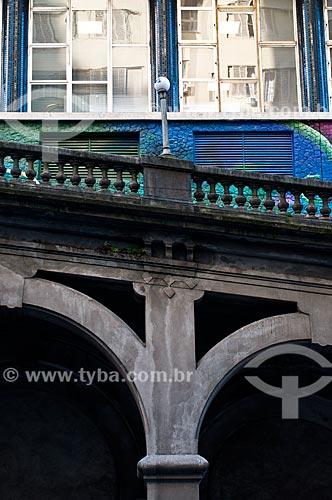 Detalhe do Viaduto Otávio Rocha (1932) sobre a Avenida Borges de Medeiros  - Porto Alegre - Rio Grande do Sul (RS) - Brasil