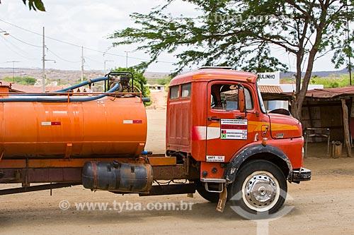 Caminhão pipa do Programa de abastecimento de água  - Cabaceiras - Paraíba (PB) - Brasil