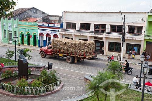 Caminhão transportando cana de açúcar  - Areia - Paraíba (PB) - Brasil