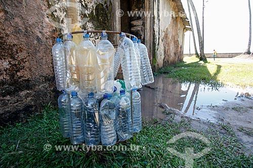 Lixeira feita com garrafas PET - Morro de São Paulo  - Cairu - Bahia (BA) - Brasil