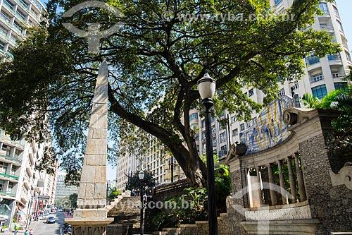 Vista do Obelisco do Piques (1814) no Largo da Memória  - São Paulo - São Paulo (SP) - Brasil