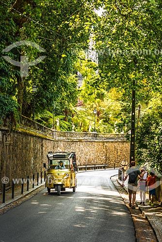 Tuk-tuk na Vila de Sintra  - Concelho de Sintra - Distrito de Lisboa - Portugal