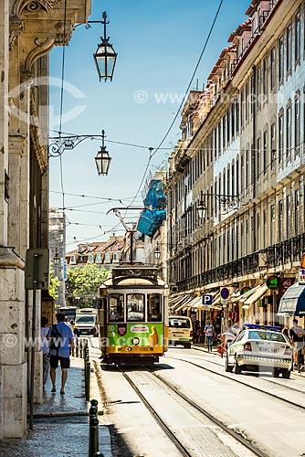 Bonde nas ruas de Lisboa  - Lisboa - Distrito de Lisboa - Portugal